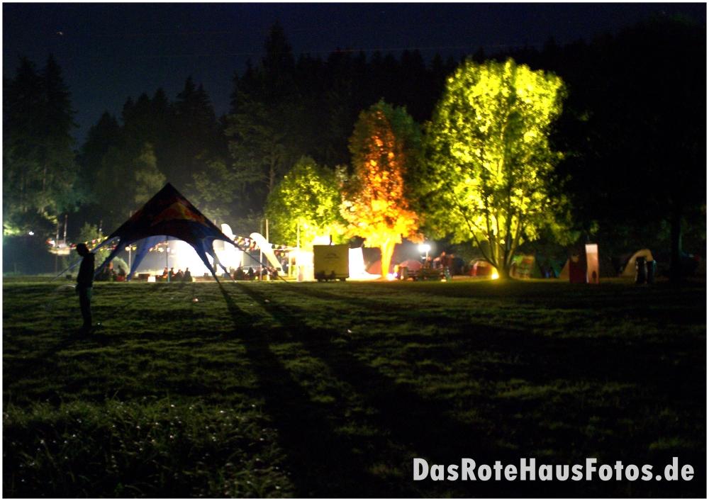 Design3000.de Beach Area by night